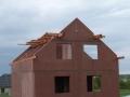 DJT - Začíná se dělat krov
